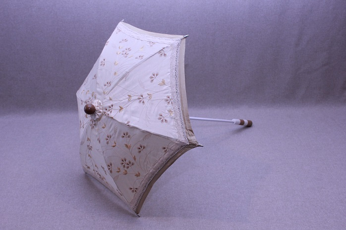 Parasol - Ivory Embroidered