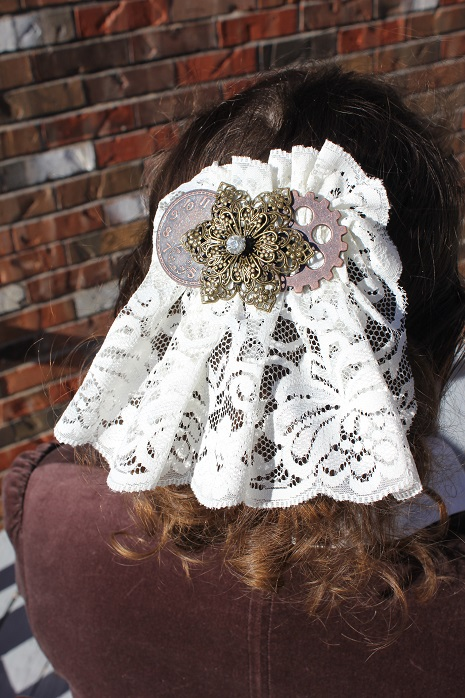 Hair Comb - White Lace