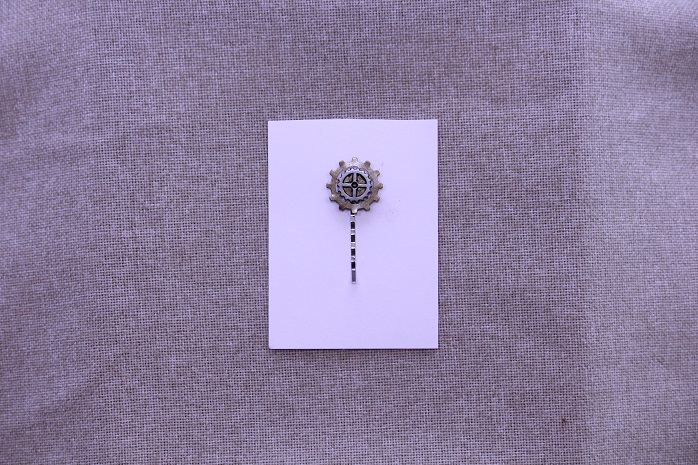 Gear Hair Pin